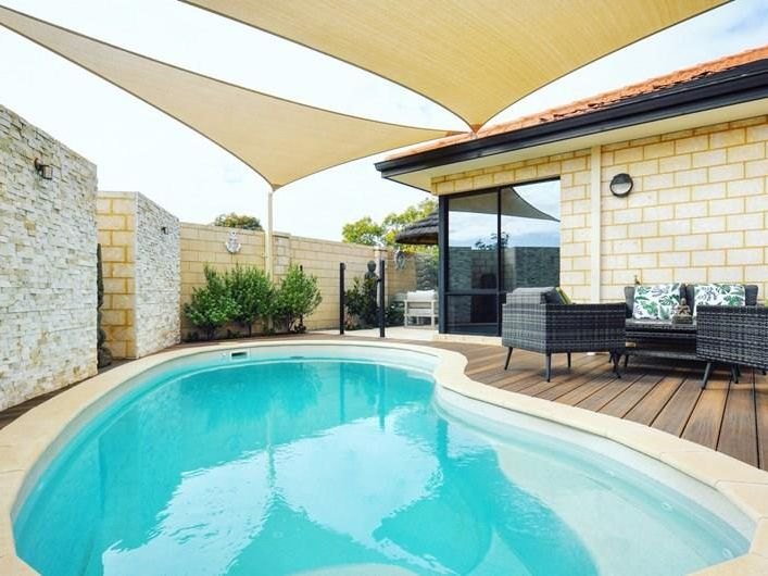 Beautifully presented family home in fantastic location!