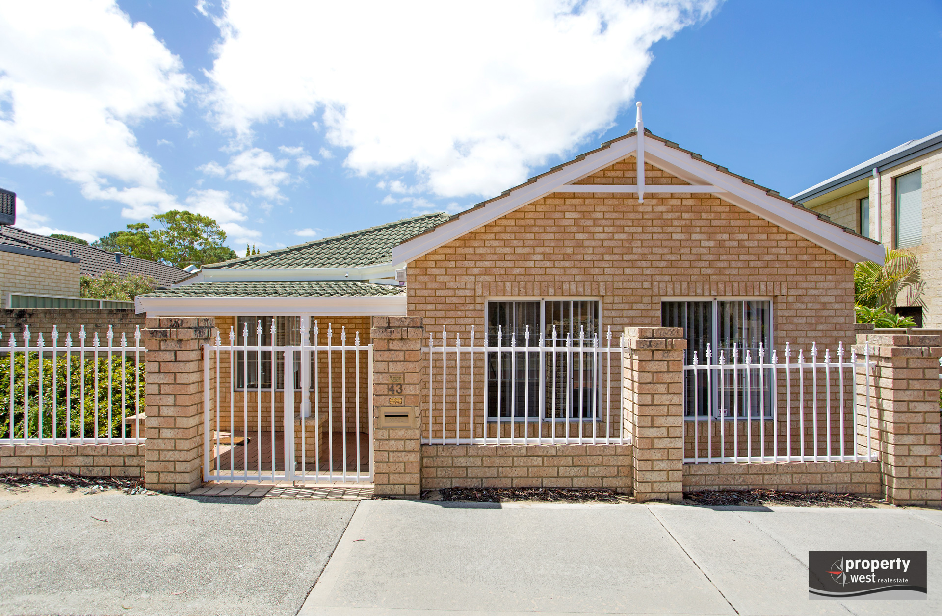 FULLY RENOVATED FAMILY HOME AVAILABLE NOW!!