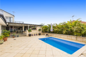 HOME OPEN CANCELLED  UNDER OFFER !